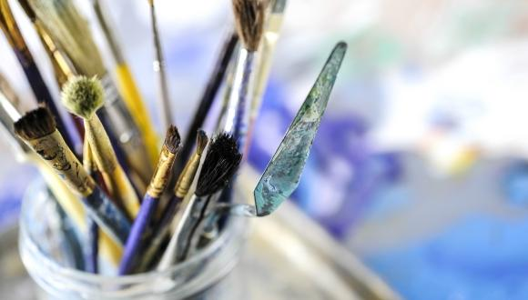 מברשות צבע לציור
